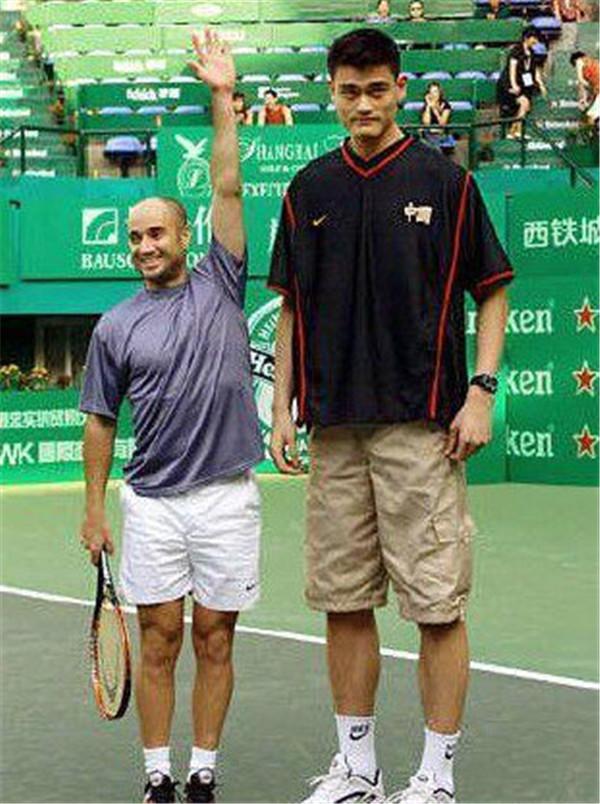 网球天王阿加西